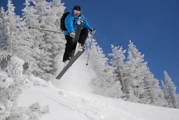 Bluebird Day The Photographer Wrote Bob Legasa Skis A Fabulous Powder Morning At Schweitzer Mountain Resort Photos Taken Jan 30