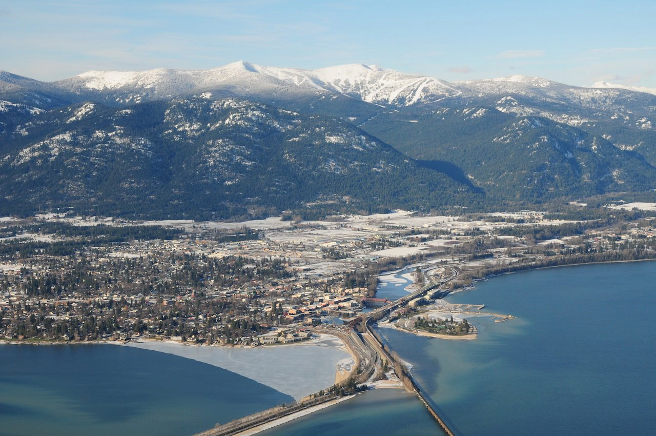 Sandpoint Idaho from air